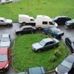 Общее собрание автовладельцев многоквартирного дома не может принимать решения об ограничении прав других собственников
